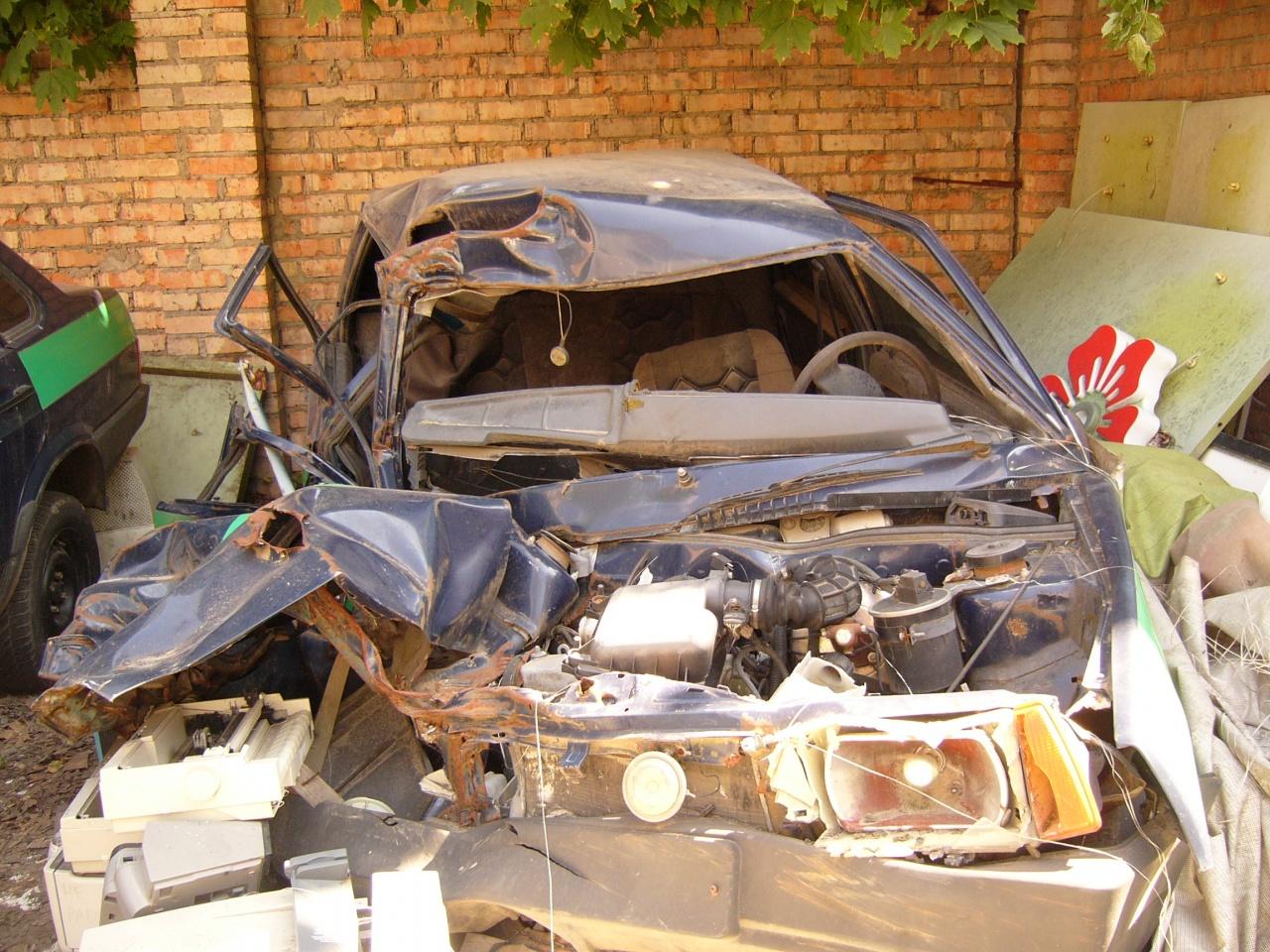 Легковий седан (автомобіль інкасаторський), марка ВАЗ-21099, 2006 року, об'єм двигуна 1,5, колір синій, номер кузова Y6D21099060031015, номер державної реєстрації АА4126ВО шини 175/70R13 82H KR26 TL Kumho,  (інв. № Ndr_1_pe_61519), 4 шт.