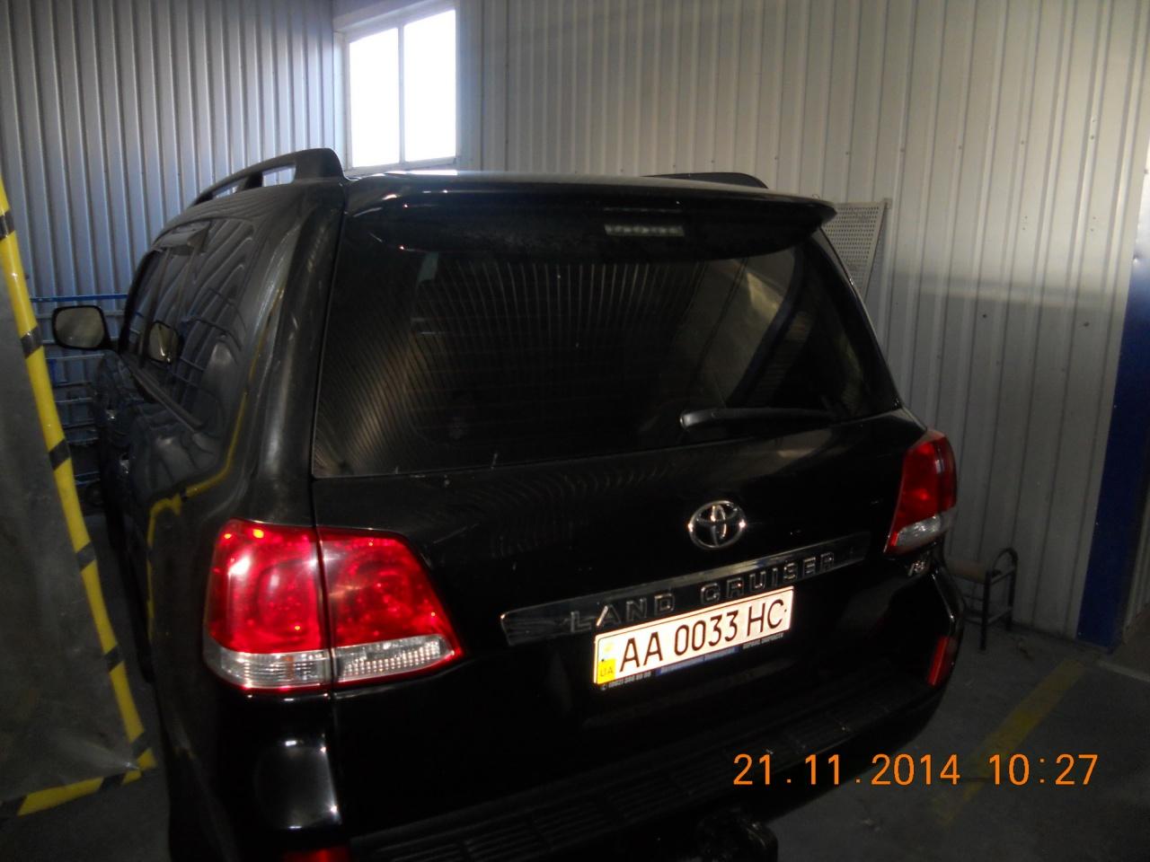 Автомобіль Toyota Land Cruiser 200 4,4 2008р.